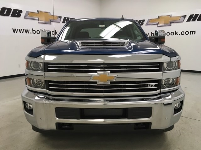2018 Silverado 2500 Crew Cab 4x4 Pickup #180491 - photo 8