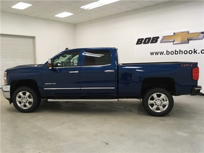 2018 Silverado 2500 Crew Cab 4x4, Pickup #180491 - photo 3