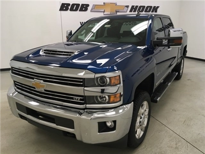 2018 Silverado 2500 Crew Cab 4x4, Pickup #180491 - photo 1