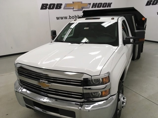 2018 Silverado 3500 Regular Cab DRW 4x4, Monroe Dump Body #180493 - photo 6