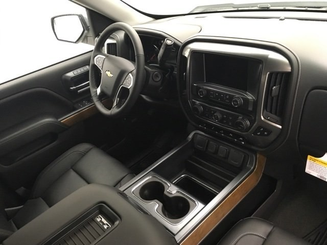 2018 Silverado 1500 Crew Cab 4x4, Pickup #180509 - photo 10