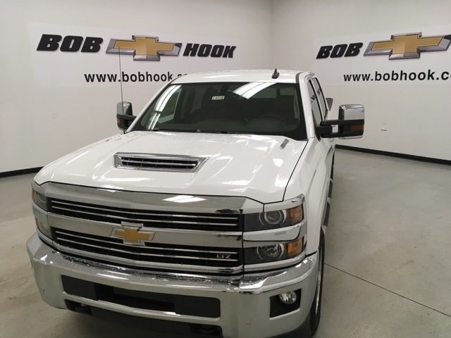 2018 Silverado 2500 Crew Cab 4x4,  Pickup #180545 - photo 5