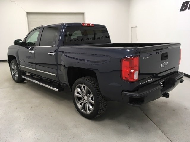 2018 Silverado 1500 Crew Cab 4x4, Pickup #180600 - photo 2