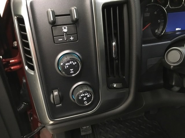 2018 Silverado 1500 Crew Cab 4x4,  Pickup #180622 - photo 12