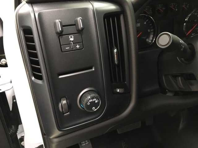 2018 Silverado 1500 Regular Cab,  Pickup #180640 - photo 10