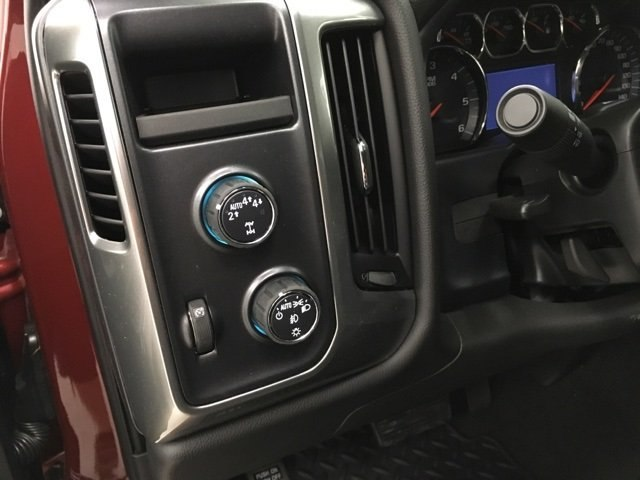 2018 Silverado 1500 Crew Cab 4x4,  Pickup #180672 - photo 12