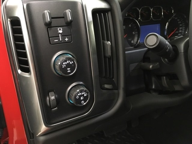 2018 Silverado 1500 Crew Cab 4x4,  Pickup #180675 - photo 12