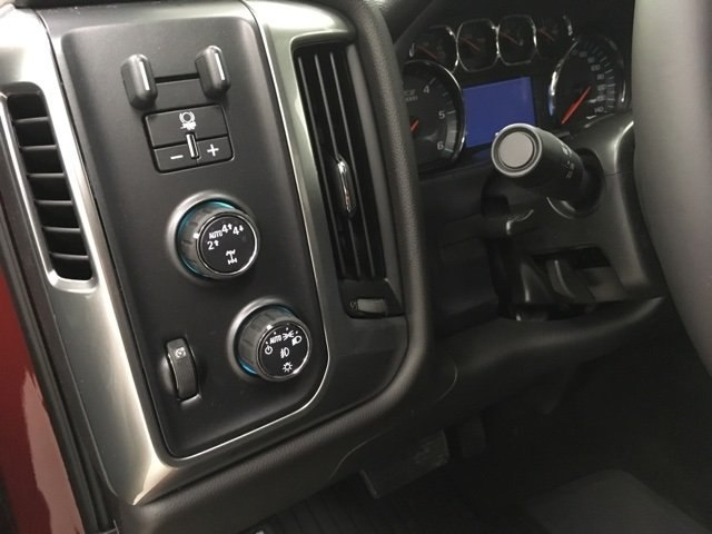 2018 Silverado 1500 Double Cab 4x4,  Pickup #180685 - photo 16