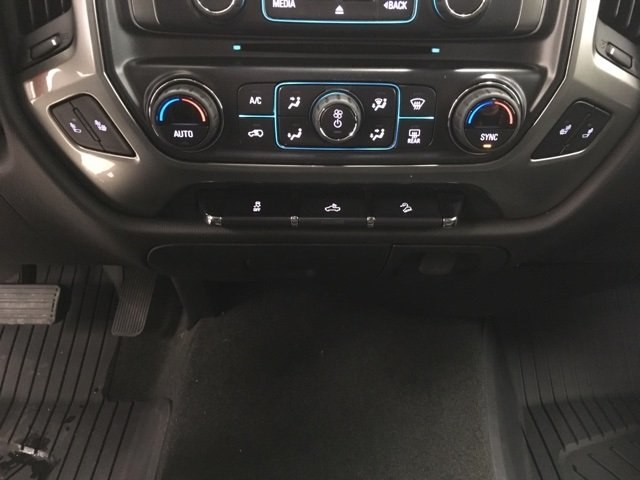 2018 Silverado 1500 Double Cab 4x4,  Pickup #180685 - photo 19