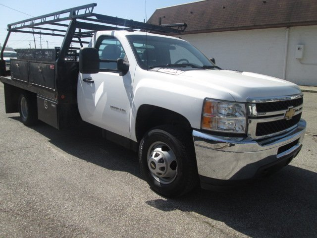 2012 Silverado 3500 Regular Cab, Platform Body #180690A - photo 5