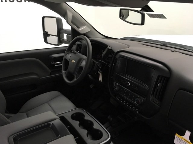 2018 Silverado 3500 Regular Cab DRW 4x4,  Monroe MSS II Service Body #180700 - photo 9