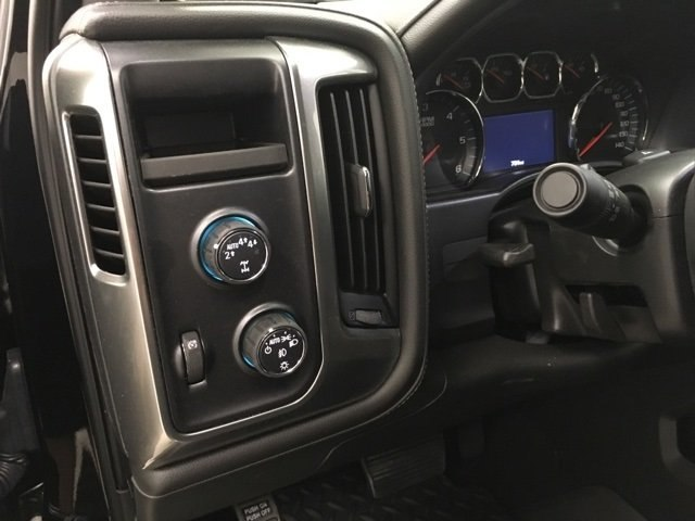 2018 Silverado 1500 Crew Cab 4x4,  Pickup #180736 - photo 12