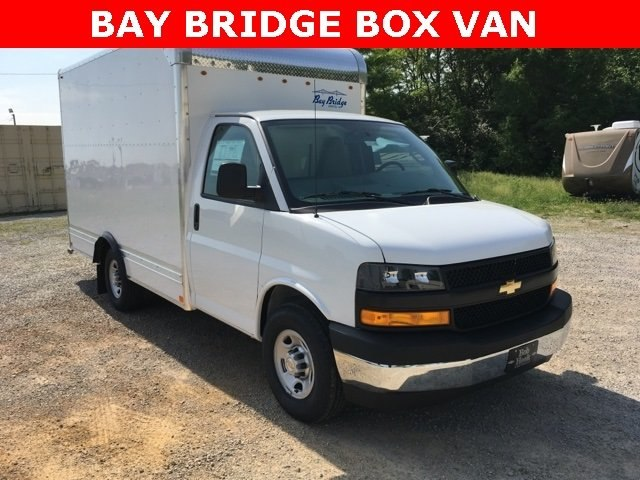 2018 Express 3500 4x2,  Bay Bridge Cutaway Van #180738 - photo 19