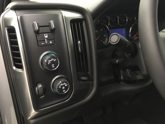 2018 Silverado 1500 Double Cab 4x4,  Pickup #180757 - photo 16