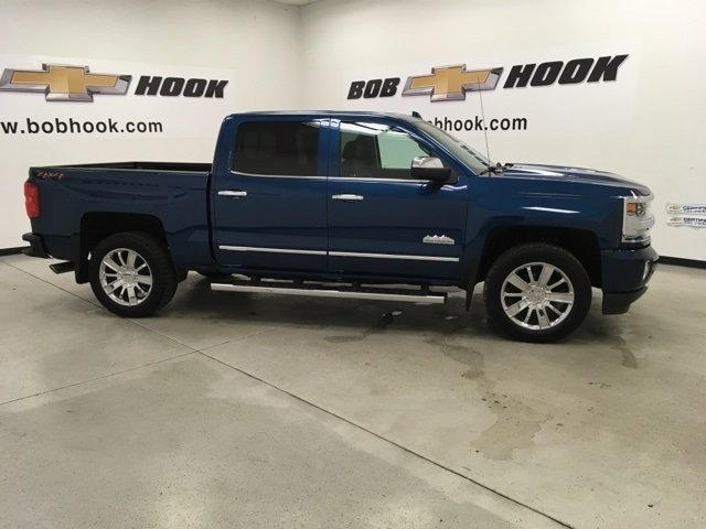 2018 Silverado 1500 Crew Cab 4x4, Pickup #180774 - photo 3