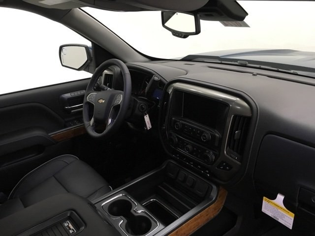 2018 Silverado 1500 Crew Cab 4x4, Pickup #180774 - photo 9
