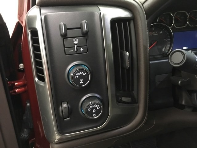 2018 Silverado 1500 Crew Cab 4x4,  Pickup #180780 - photo 17