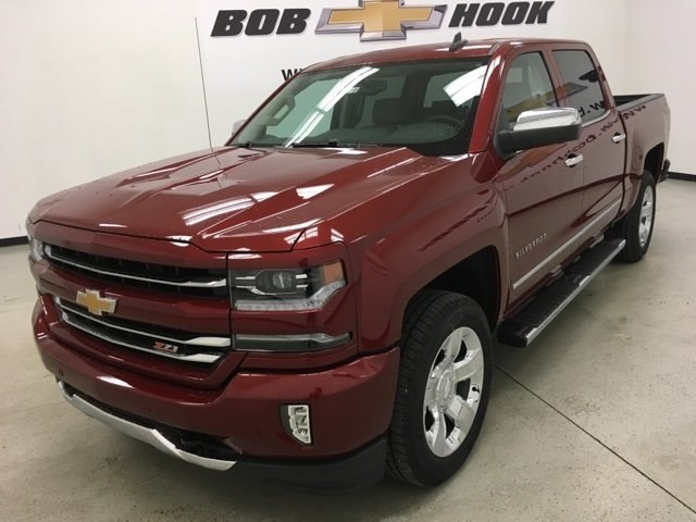 2018 Silverado 1500 Crew Cab 4x4,  Pickup #180780 - photo 7