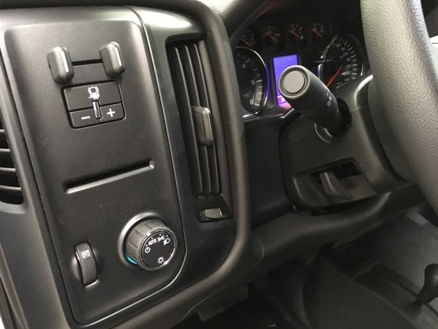 2018 Silverado 2500 Crew Cab 4x4,  Pickup #180825 - photo 17