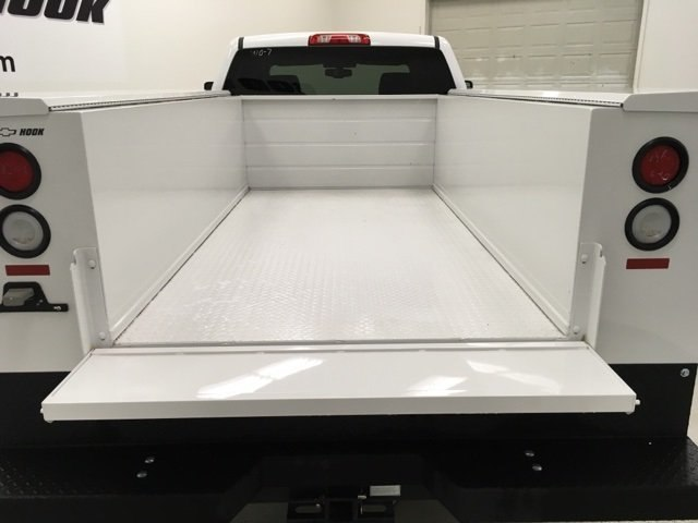 2018 Silverado 2500 Crew Cab 4x4,  Knapheide Service Body #180860 - photo 14