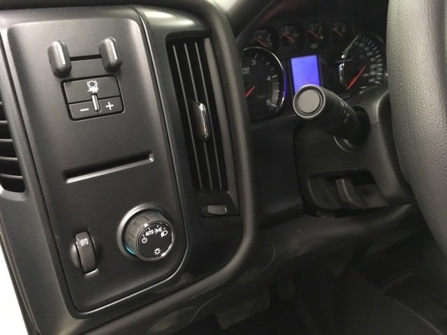 2018 Silverado 3500 Crew Cab DRW 4x4,  Reading Service Body #180880 - photo 18