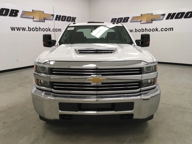 2018 Silverado 3500 Crew Cab DRW 4x4,  Reading Service Body #180880 - photo 8