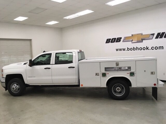2018 Silverado 3500 Crew Cab DRW 4x4,  Reading Service Body #180891 - photo 6