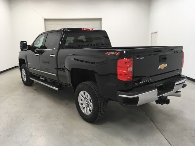 2018 Silverado 2500 Crew Cab 4x4,  Pickup #180915 - photo 2