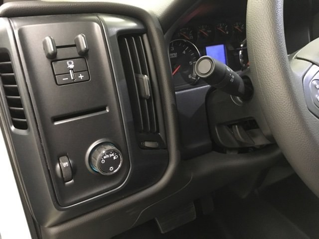 2018 Silverado 2500 Crew Cab 4x2,  Reading Service Body #180918 - photo 19