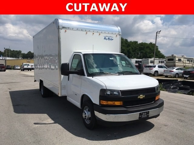 2018 Express 3500 4x2,  Bay Bridge Cutaway Van #180925 - photo 3