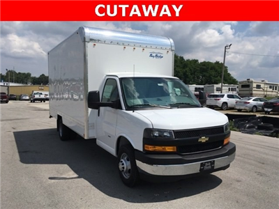 2018 Express 3500 4x2,  Bay Bridge Classic Cutaway Van #180925 - photo 3