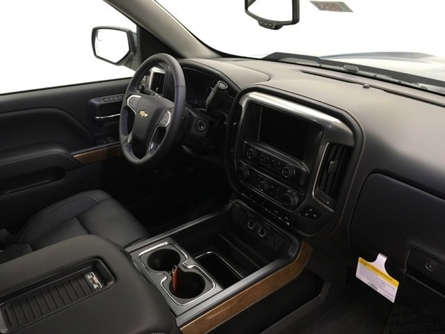 2018 Silverado 1500 Crew Cab 4x4,  Pickup #180953 - photo 9