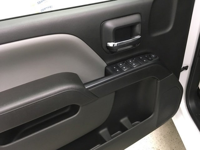 2018 Silverado 1500 Crew Cab 4x4,  Pickup #180961 - photo 16