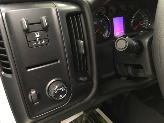 2018 Silverado 1500 Crew Cab 4x4,  Pickup #180961 - photo 17