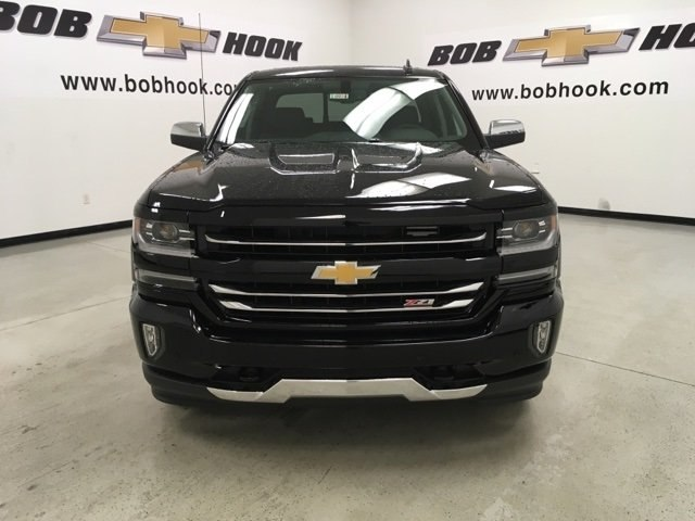 2018 Silverado 1500 Crew Cab 4x4,  Pickup #180974 - photo 8
