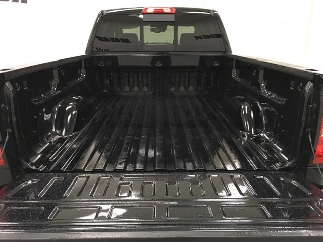 2018 Silverado 2500 Crew Cab 4x4,  Pickup #180977 - photo 15