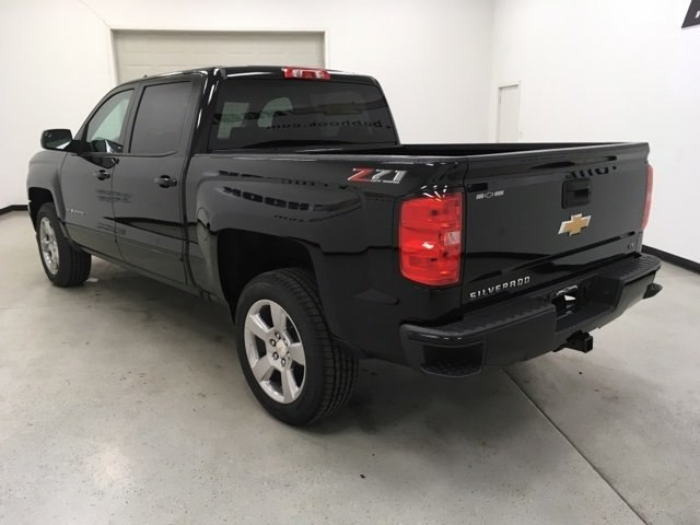 2018 Silverado 1500 Crew Cab 4x4,  Pickup #180979 - photo 2