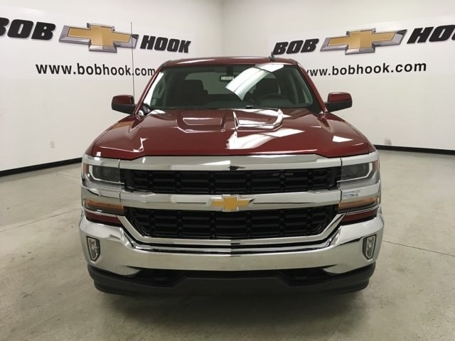 2018 Silverado 1500 Crew Cab 4x4,  Pickup #180997 - photo 8