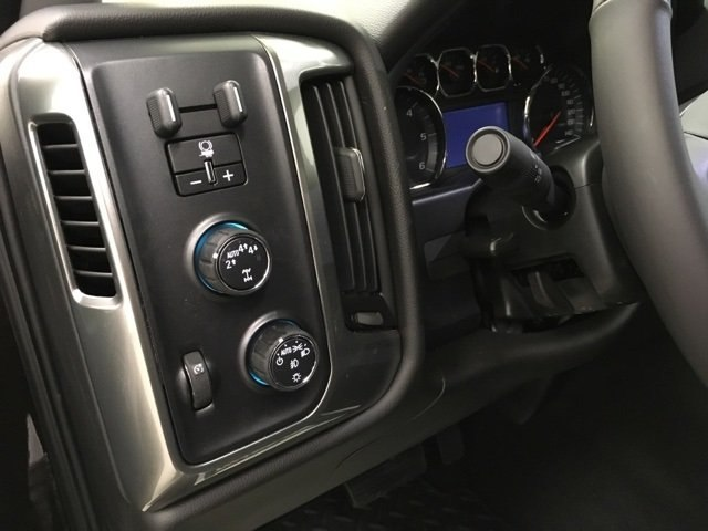 2018 Silverado 1500 Double Cab 4x4,  Pickup #181016 - photo 18