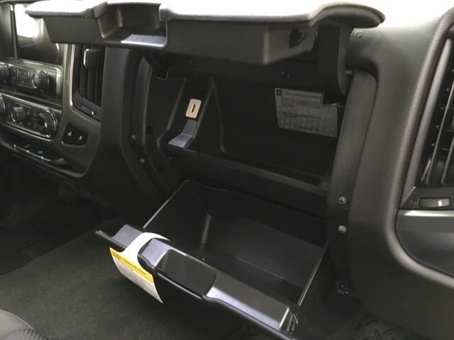 2018 Silverado 1500 Crew Cab 4x4,  Pickup #181022 - photo 11