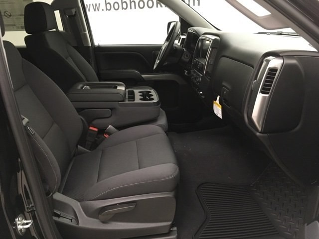 2018 Silverado 1500 Crew Cab 4x4,  Pickup #181029 - photo 10