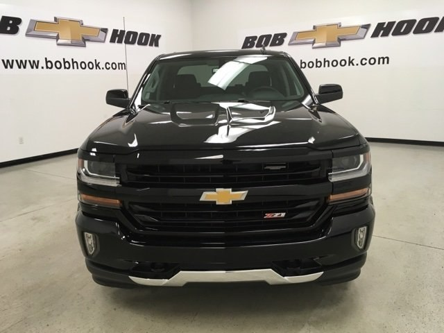2018 Silverado 1500 Crew Cab 4x4,  Pickup #181029 - photo 8