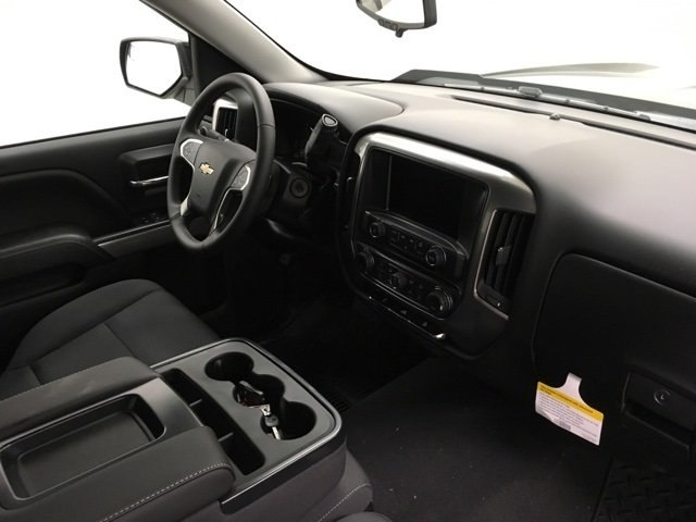 2018 Silverado 1500 Crew Cab 4x4,  Pickup #181029 - photo 9