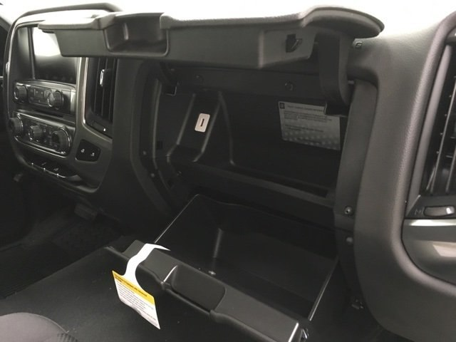2018 Silverado 1500 Crew Cab 4x4,  Pickup #181089 - photo 11