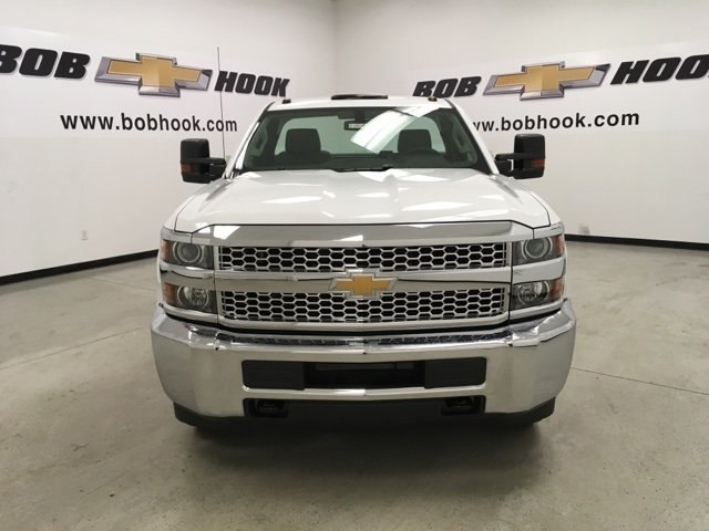 2019 Silverado 3500 Regular Cab DRW 4x4,  Reading Service Body #190034 - photo 8