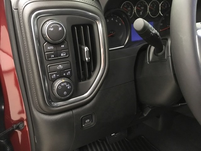 2019 Silverado 1500 Crew Cab 4x4,  Pickup #190049 - photo 22