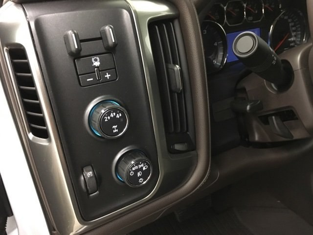 2019 Silverado 3500 Crew Cab 4x4,  Pickup #190076 - photo 21