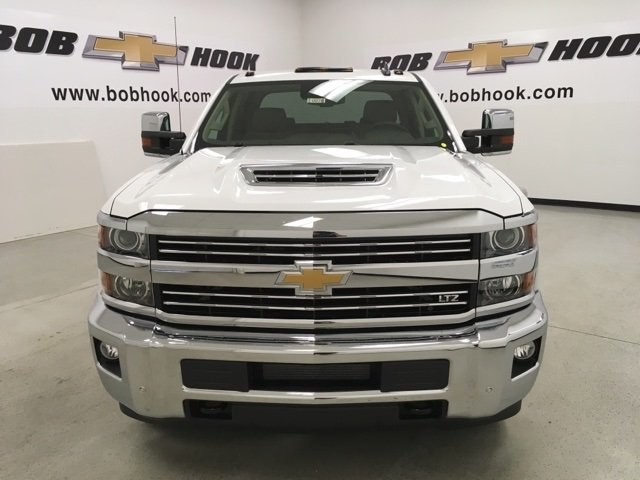2019 Silverado 3500 Crew Cab 4x4,  Pickup #190076 - photo 8