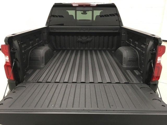 2019 Silverado 1500 Crew Cab 4x4,  Pickup #190082 - photo 18