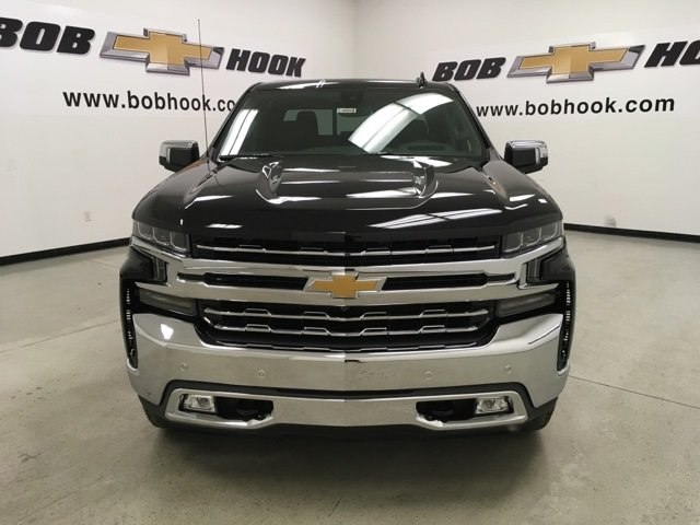 2019 Silverado 1500 Crew Cab 4x4,  Pickup #190082 - photo 8